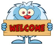 Ślicznego Małego yeti kreskówki maskotki charakteru mienia powitania Drewniany znak Zdjęcia Royalty Free