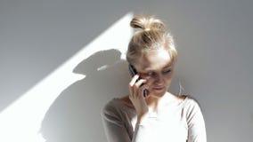 ślicznego telefonu target2015_0_ kobieta zbiory