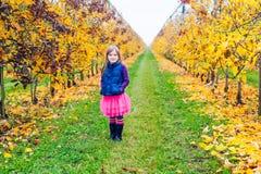 ślicznej dziewczyny mały plenerowy portret Zdjęcie Royalty Free