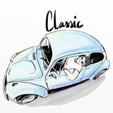 Ślicznej kreskówki chłopiec napędowy klasyczny samochód Obraz Stock