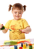 śliczni dziecko palce jej farba obraz stock