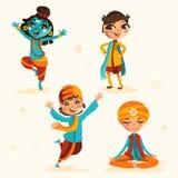 Śliczni hindusów dzieciaki, chłopiec w tradycyjnych hindusów ubraniach ustawiają, kolekcja Zdjęcia Royalty Free