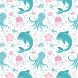 Śliczny bezszwowy wzór z dennymi zwierzętami Ośmiornica, delfin, jellyfish, skorupa, ryba, rozgwiazda Podmorski świat royalty ilustracja