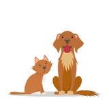 Śliczny czerwony kot, duży życzliwy brązu pies siedzi prosto Fotografia Stock