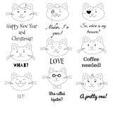 Śliczny kota set Gderliwy, pirat, sir, dziewczyna, Santa, w miłości, śmia się, modniś, smutne kot ilustracje z tekst etykietkami Zdjęcia Royalty Free