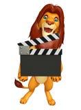 Śliczny lwa postać z kreskówki z clapboard Zdjęcia Stock