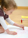 Śliczny mała dziewczynka rysunek Fotografia Royalty Free