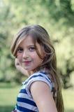 Śliczny małej dziewczynki lata portret Zdjęcia Stock