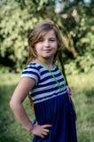 Śliczny małej dziewczynki lata portret Zdjęcia Royalty Free