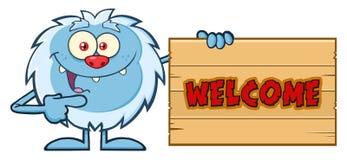 Śliczny Mały yeti kreskówki maskotki charakter Wskazuje Mile widziany Drewniany znak Zdjęcia Royalty Free