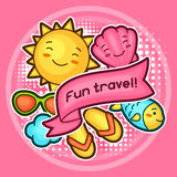 Śliczny podróży tło z kawaii doodles Lato kolekcja rozochoceni postać z kreskówki słońca, ryba, szkła, skorupa Fotografia Royalty Free