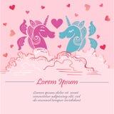 Śliczny różowy szablon z różowymi i błękitnymi jednorożec z skrzydłami w chmurach Obrazy Royalty Free