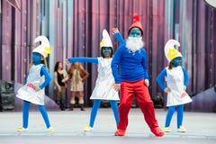 Śliczny smurfs tanczyć zdjęcie royalty free