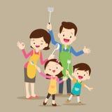 Śliczny szczęśliwy rodzinny kucharstwo Fotografia Stock
