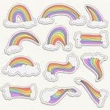 Śliczny tęcza majcheru wektoru set Tęczy kreskówki majcheru ilustracja z chmurami w niebie Ręka remisu śliczna tęcza i Obrazy Stock