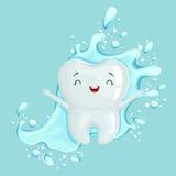 Śliczny zdrowy biały kreskówka zębu charakter z mouthwash, oralna stomatologiczna higiena, children dentystyki pojęcia wektor royalty ilustracja