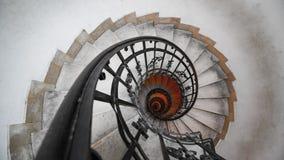 Ślimakowaty schody w starym domu Fibonacci spirala fotografia stock
