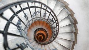 Ślimakowaty schody w starym domu Fibonacci spirala obrazy stock
