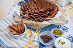 Śliwka świeży tort Fotografia Stock