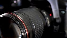 Ślizgowy kamera obiektyw z czerwień ringowym i ogromnym czołowym szklanym elementem zbiory
