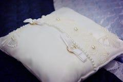 Ślubna poduszka Zdjęcia Royalty Free