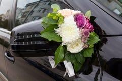 Ślubna samochodowa dekoracja Zdjęcie Royalty Free