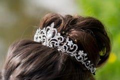 Ślubna tiara, diadem Dekorujący kryształy splendory zdjęcia royalty free