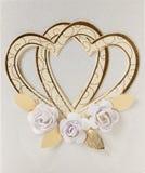 Ślubne karty z złotymi sercami Zdjęcia Royalty Free