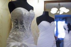 Ślubne suknie na stojakach, Impressja, ZaÅ 'azy, Polska, 01 2012 Zdjęcia Royalty Free