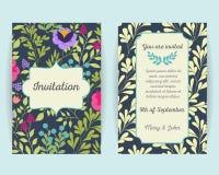 Ślubne zaproszenie karty z kwiatami, jagodami i liśćmi, Use dla abordaż przepustki, zaproszenia, dziękuje ciebie karcianego wekto royalty ilustracja