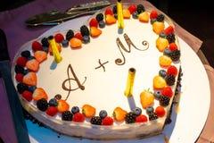 Ślubnego torta zbliżenie obraz stock