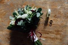 Ślubni akcesoria Bukiet i akcesoria panna młoda zatrzymuje Obrazy Royalty Free