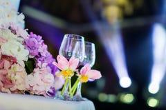 Ślubni szampańscy szkła zdjęcie stock