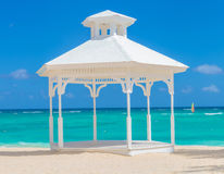 Ślubny łuk na plaży punta cana Fotografia Stock