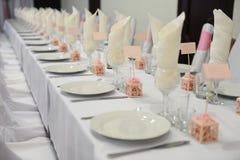Ślubny bankieta stołu położenie Zdjęcia Royalty Free