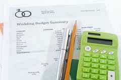 Ślubny budżet z Zielonym kalkulatorem Obraz Royalty Free