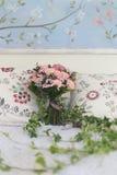 Ślubny bukiet róże i bluszcz Obraz Royalty Free