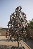 Ślubny kędziorka drzewo w metalu drzewie Zdjęcia Stock
