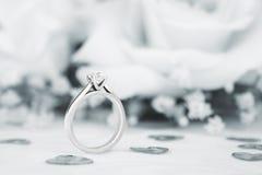 Ślubny pierścionek zaręczynowy Zdjęcie Stock