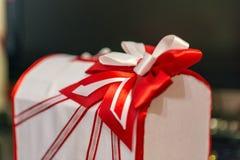 Ślubny pudełko dla pieniądze i karty prezentów Zdjęcia Royalty Free