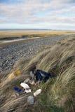 śmieci na plaży Obrazy Royalty Free
