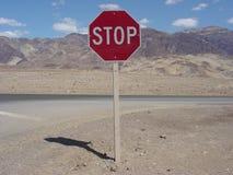 śmierć znak stop dale Zdjęcia Stock