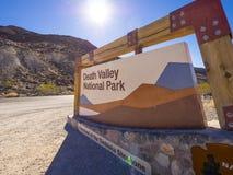Śmiertelny Dolinny park narodowy w Kalifornia KALIFORNIA, PAŹDZIERNIK - 23, 2017 - ŚMIERTELNA dolina - Obrazy Royalty Free