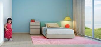 Śmieszna mała dziewczynka w dzieciaka pokoju nowożytny plażowy dom Obrazy Stock