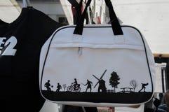 Śmieszna torba Z Holenderskim projektem zdjęcia royalty free