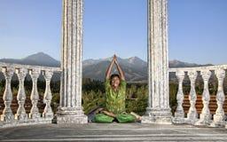 śmieszni lotosy pozują joga Fotografia Stock