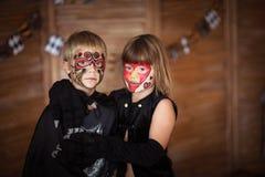 Śmieszni straszni dzieci z malować twarzami, pojęcie Halloween Zdjęcie Stock
