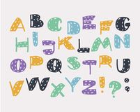 Śmieszny barwiony abecadło ABC w różnych kolorach royalty ilustracja