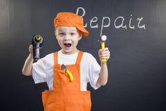 Śmieszny chłopiec budowniczy zdjęcia royalty free