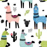 Śmieszny dziecko tkaniny wzór dla drukowych tkanin Bezszwowy wzór z lamy alpagą, kaktus w kreskówka stylu Płaski wektor royalty ilustracja